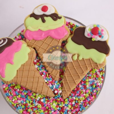 Ice Cream Cones, Cookies, Party, Summertime, Cold, Sundae, Chocolate, Neopalitan, Cinottis Bakery, Fondant Icing, Sprinkles, Favors3