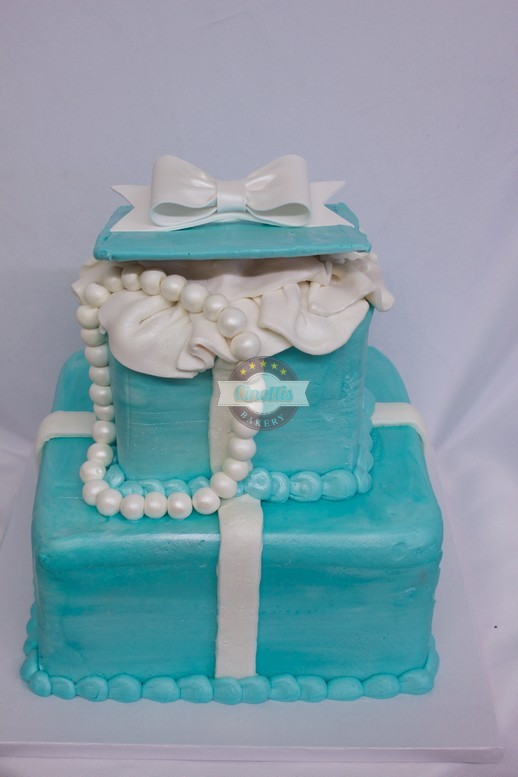 Tiffany boxes, present, return to tiffanys blue box, birthday, bridal, wedding, baby, gift, buttercream