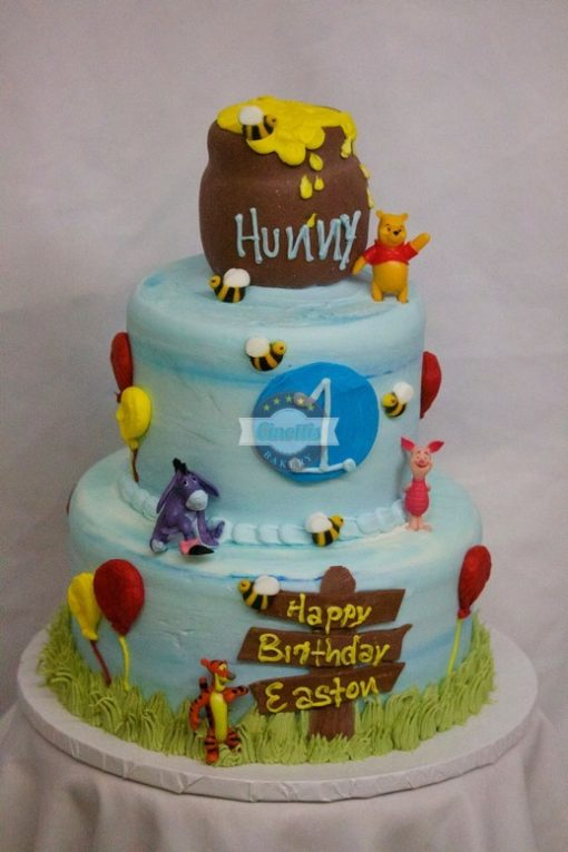 Images Of Cake With Name Honey : Winnie the Pooh Cake Cinotti s Bakery