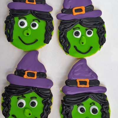 halloween-cookies-spooky-ghosts-skeletons-zombie-witches-face-boo-pumpkin-jack-o-lanterns-haunted-house-witches-brew-couldren-candy-corn-spiders-tombstones-mummy-witch-eyes-hats