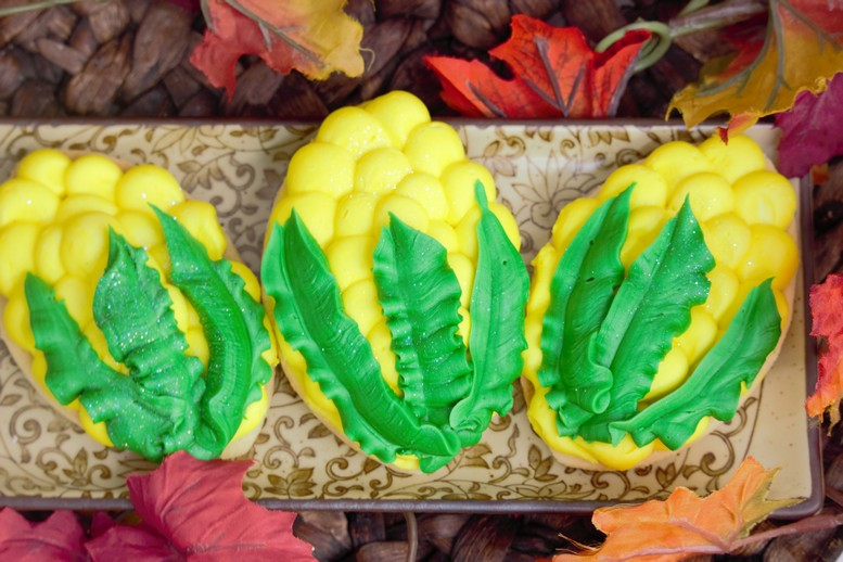 Corn Cob Decorated-cookies-food-vegetable-scarecrow-cookiesfall-pupmkins-patch-thanks-gobble-turkey-thanksgiving-table-place-holder-barrel-cinottis-bakery-autumn-leaves