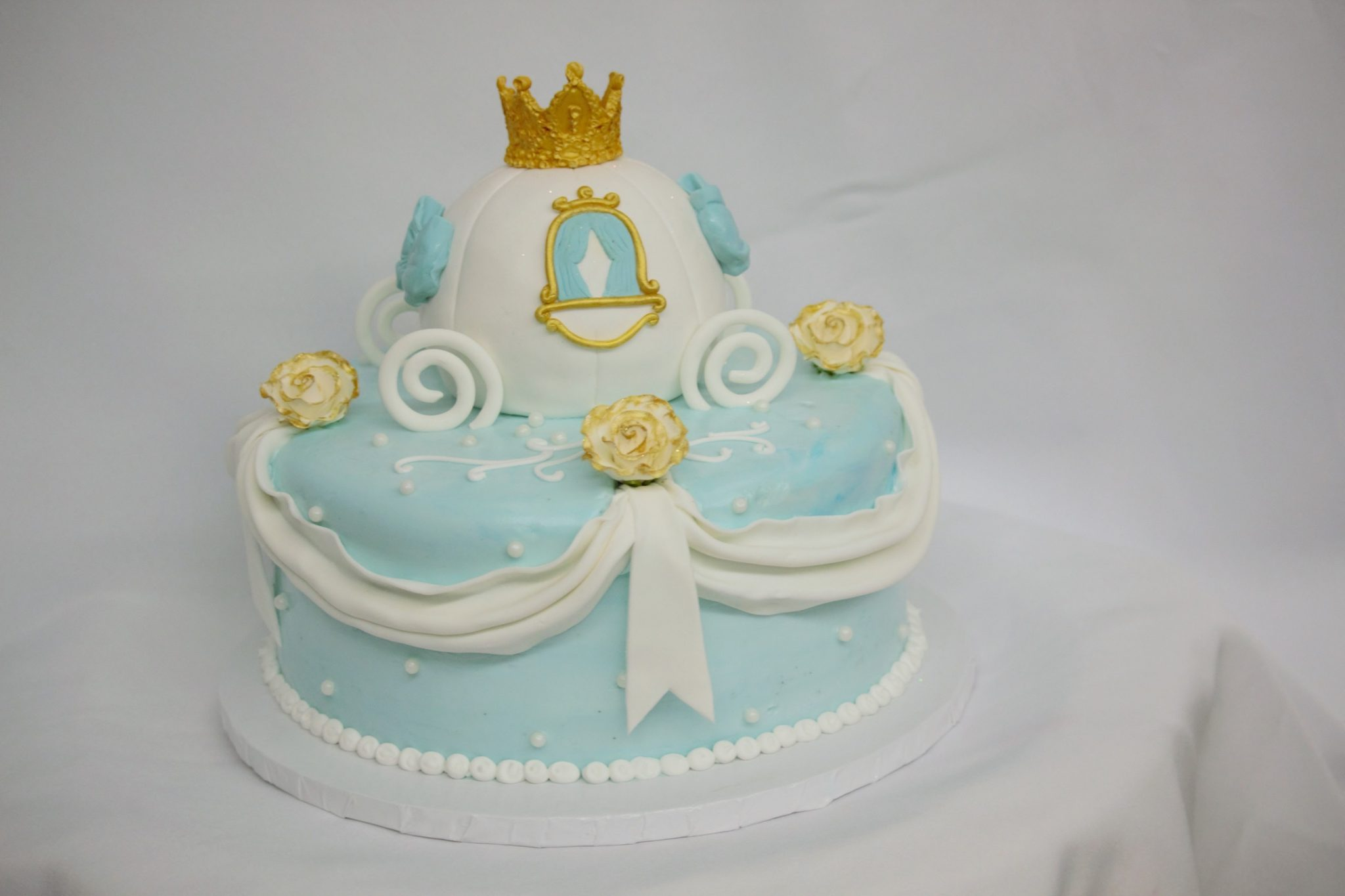 Cinderellas Carriage Inspired Celebration cakeCinottis Bakery