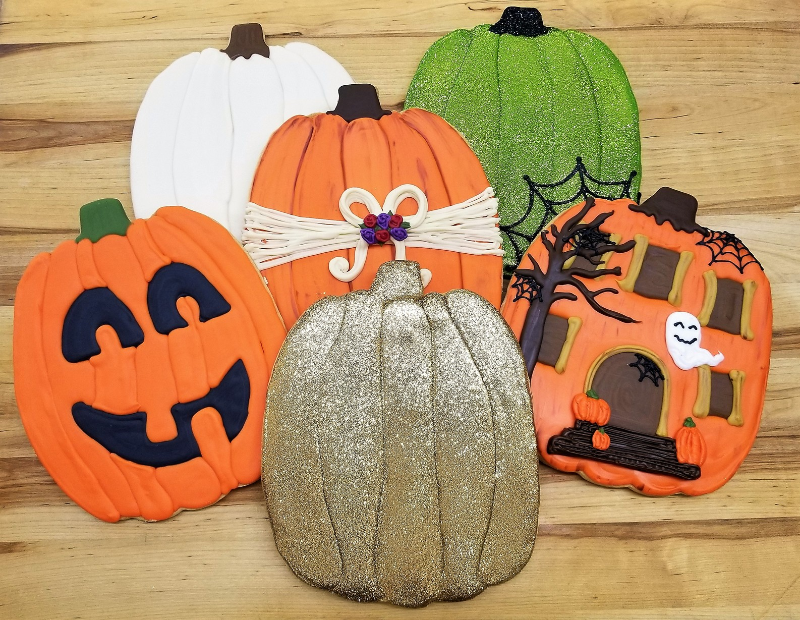Giant Pumpkin, cookies, fall, rustic, party, favor, place, setting, patch, cinottis, bakery, jacksonville, beach