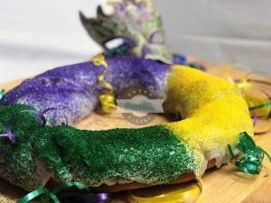 King Cake, Cinotti's Bakery, Mardi Gras, Baby, gold