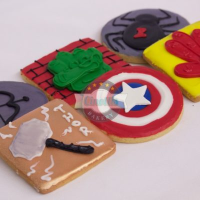 Avengers Inspired, Assortment, Captain America, Black Widow, Falcon, Hawkeye, Hulk, Iron Man, Thor, Loeke, Ultron, Cinottis Bakery, Fondant Icing, Stark, 6