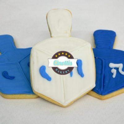 Jewish Cookies, Menora, Hannakah, Passover, 8 Candles, Dredel, Cinottis Bakery3