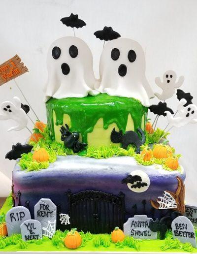 Halloween Cake, Haunted House Cake, Halloween Party Ideas, Cinottis Bakery, Jacksonville Beach, Kids Halloween Cakes
